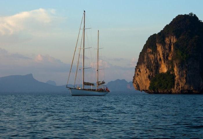 Classic Sailing Yacht Aventure Motoring