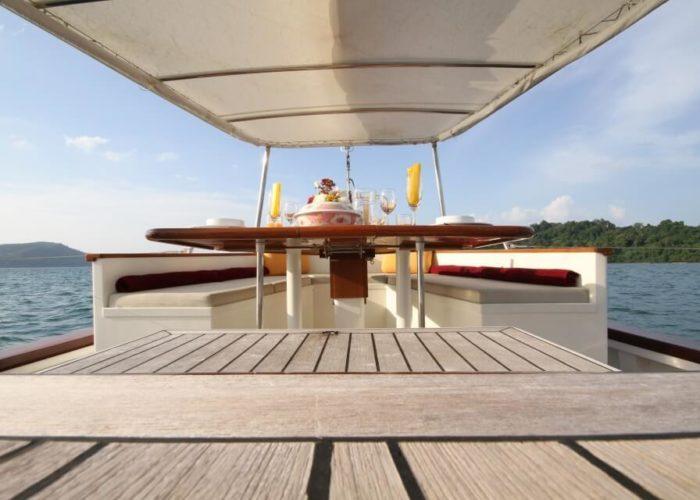 Classic Sailing Yacht Meta IV Aft Cockpitview