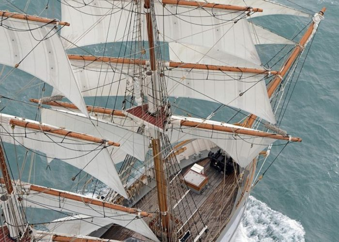 Tall Ship Kaskelot Sails