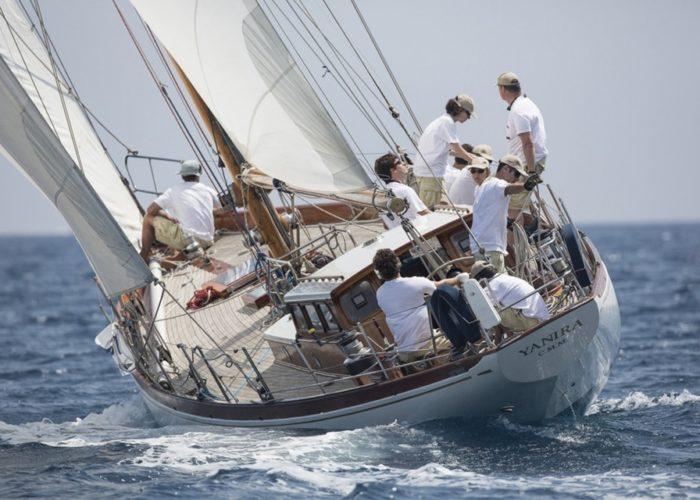 Classic sailing yacht Yanira stern view