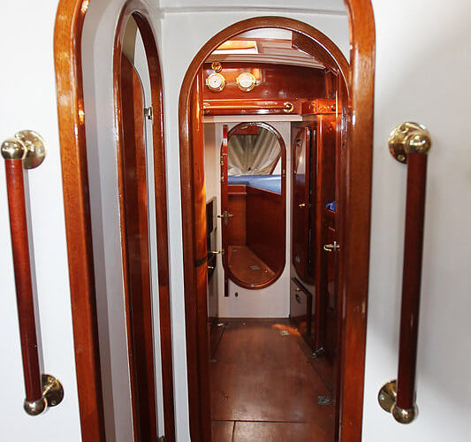Classic Sailing Yacht Cetewayo Interior Shot Of Hallway