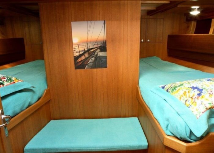 Classic Sailing Yacht Clan Guest Cabin
