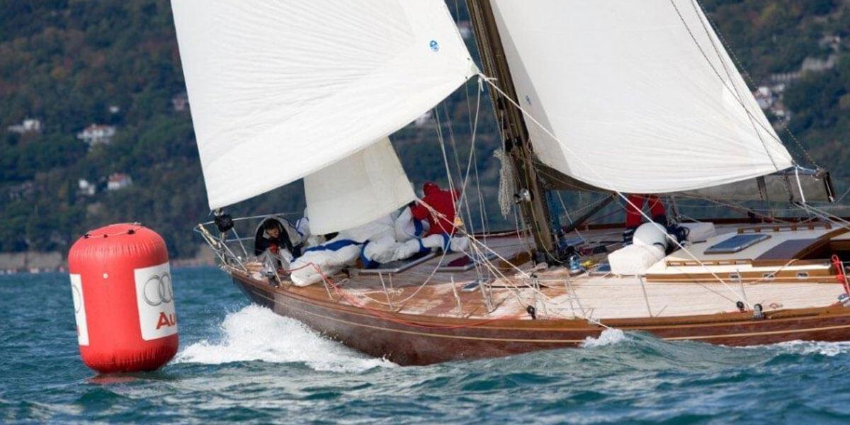 Classic Sailing Yacht Clan