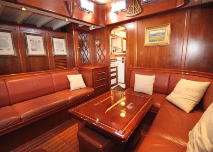 Classic Sailing Yacht Ivanhoe Saloon