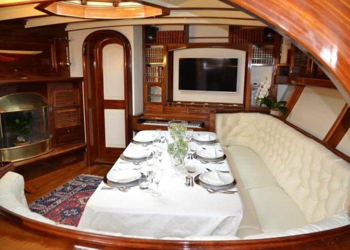 Classic Sailing Yacht Whitefin Dining Table
