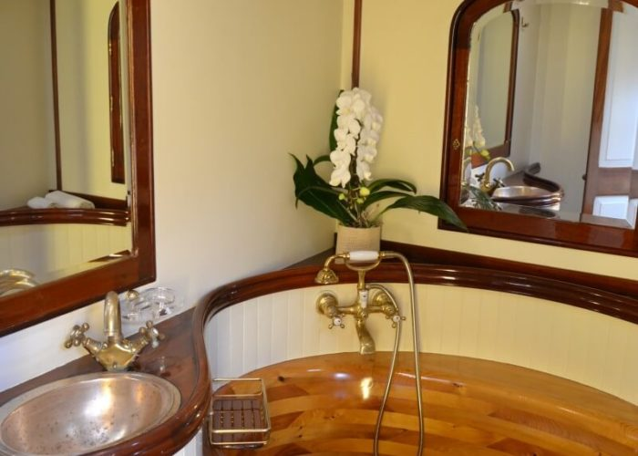 Classic Sailing Yacht Whitefin Wooden Bath