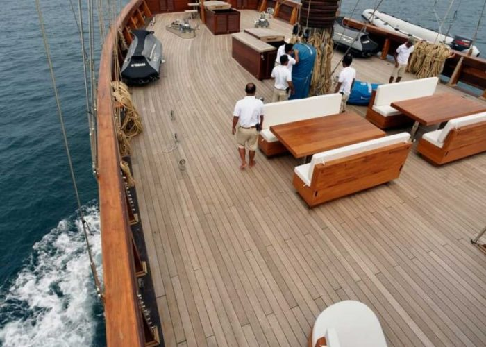 Classic Sailing Yacht Lamima Foredeck
