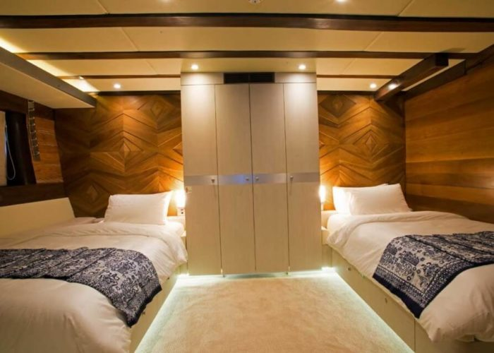 Classic Sailing Yacht Lamima Twin Cabin