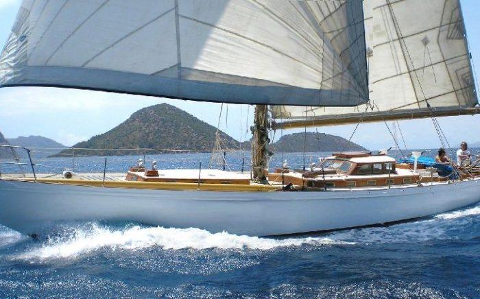 Classic Sailing Yacht Kahurangi Sailing