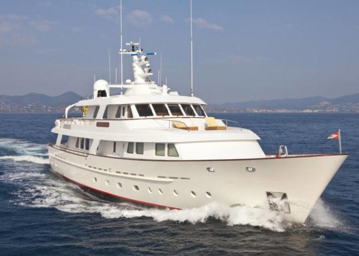 Classic Motor Yacht Cornelia Bow