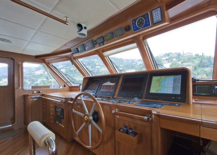 Classic Motor Yacht Cornelia Bridge