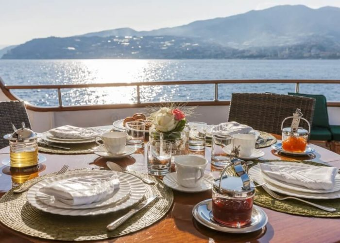 Classic Motor Yacht South Paw C Dining On Deck