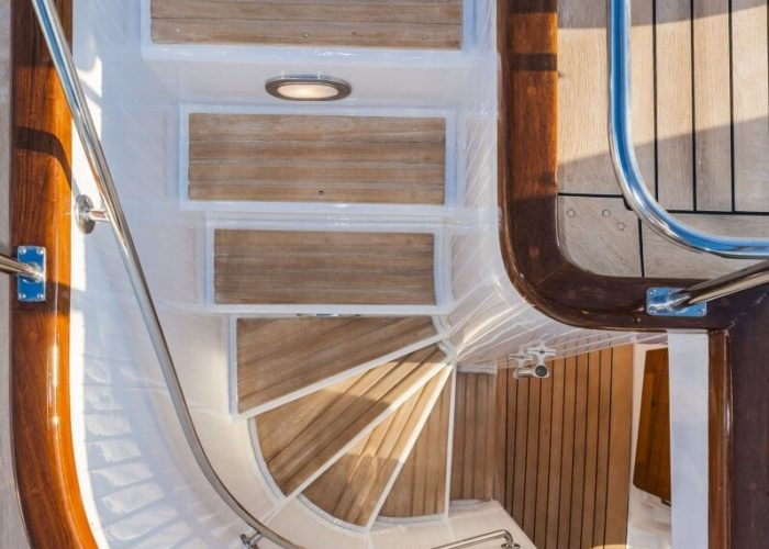 Classic Motor Yacht South Paw C Stairs
