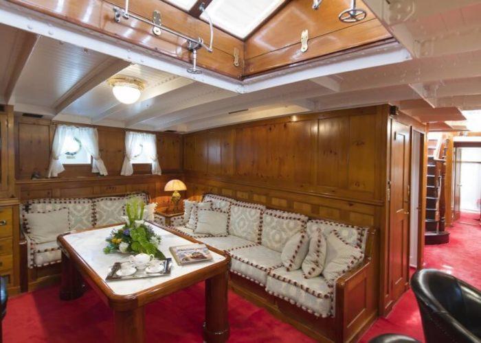 Classic Sailing Yacht Puritan Saloon