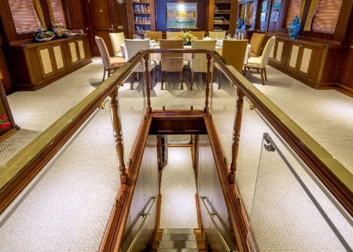 Classic Motor Yacht Donna Del Mare Inside Dining