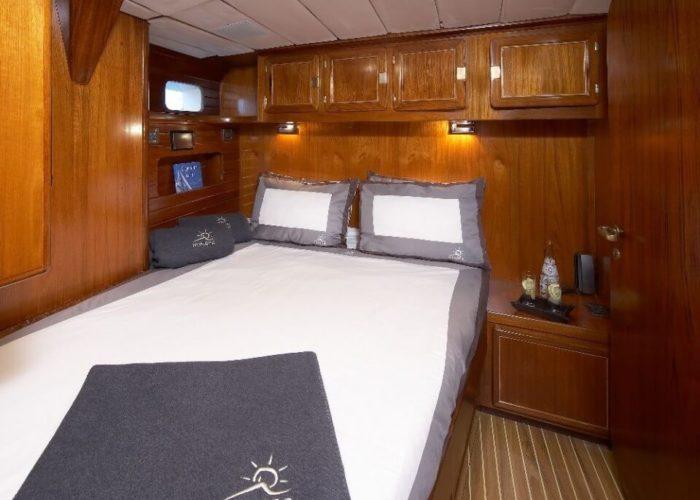 Classic Sailing Yacht Noheea Double Cabin