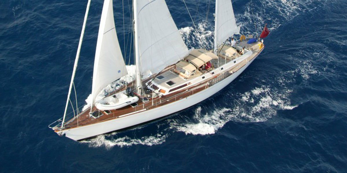 Classic Sailing Yacht Volador