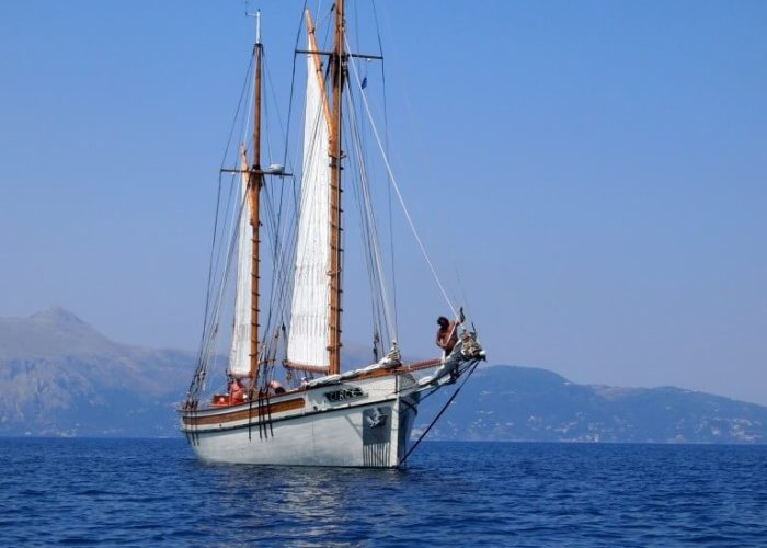 Classic Sailing Yacht Circe Sailing