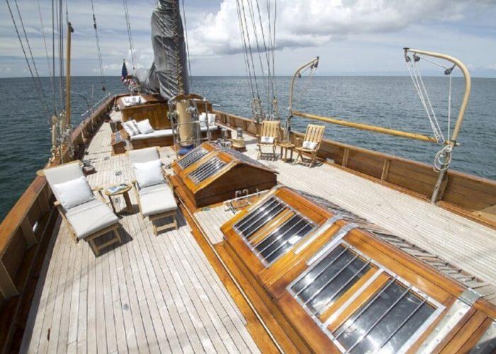 Classic Sailing Yacht Eros Deck