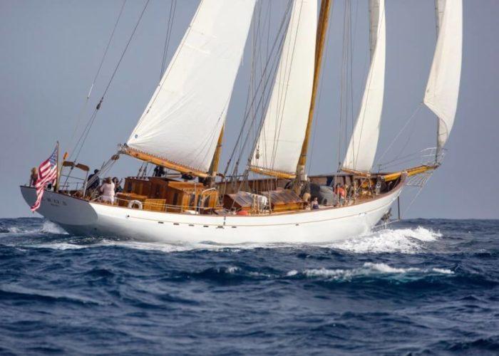 Classic Sailing Yacht Eros Under Sail