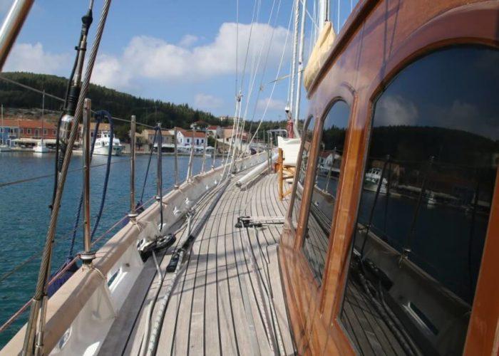 Classic Sailing Yacht Windweaver of Pennington Deck