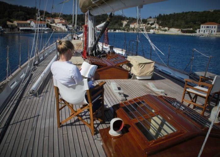 Classic Sailing Yacht Windweaver of Pennington Foredeck