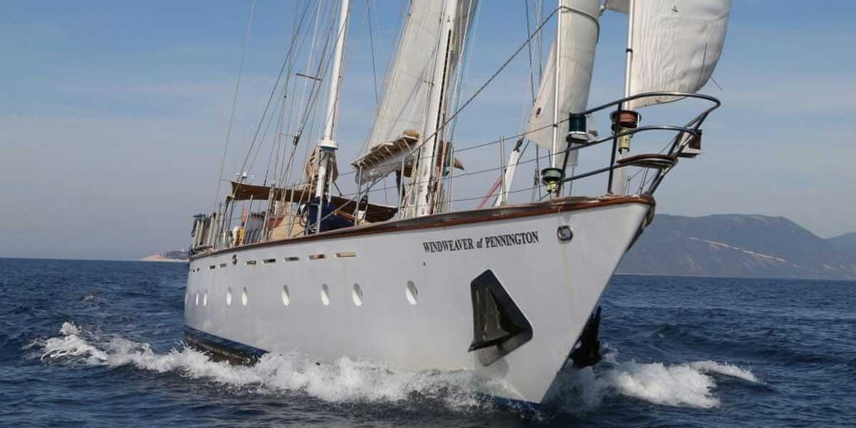 Classic Sailing Yacht Windweaver of Pennington