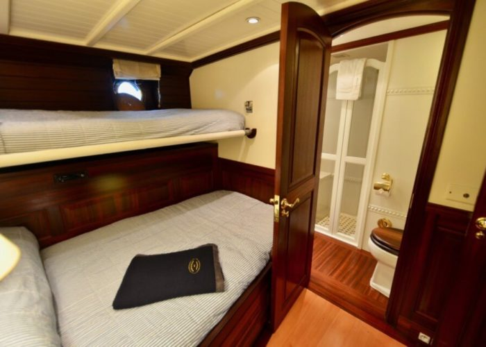 Classic Sailing Yacht Shenandoah Of Sark Guest Cabin