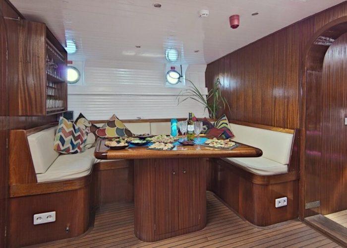Classic Motor Sailor Yacht Truelove Dining