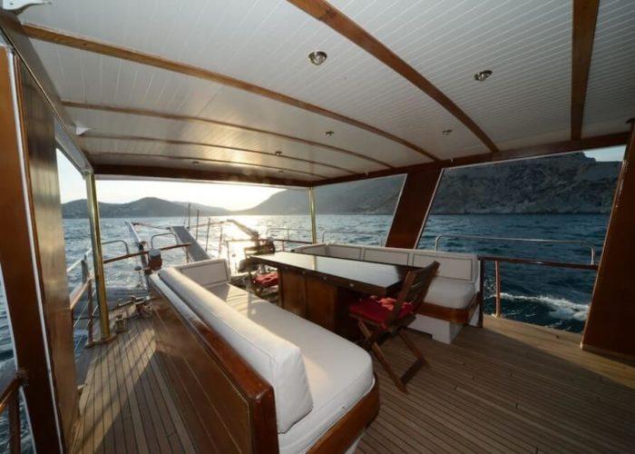 Classic Motor Yacht Amanda Aft Deck Day