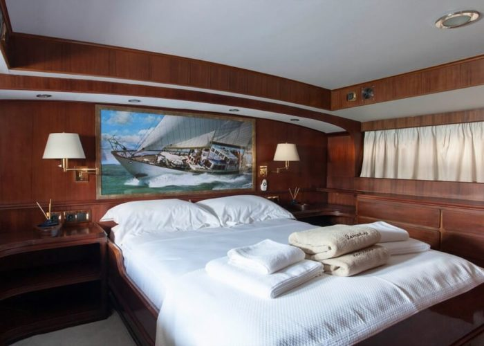 Classic Sailing Yacht Lamadine Master Cabin
