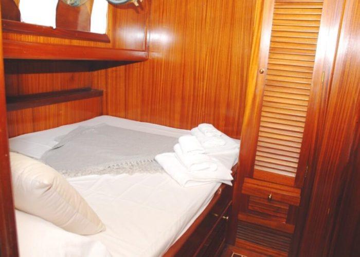 Classic Sailing Yacht Adara Cabin 04