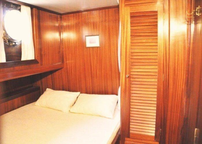 Classic Sailing Yacht Adara Cabin 05
