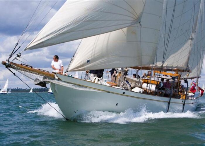 Halcyon sailing in the Solent during Skandia Cowes Week 2007