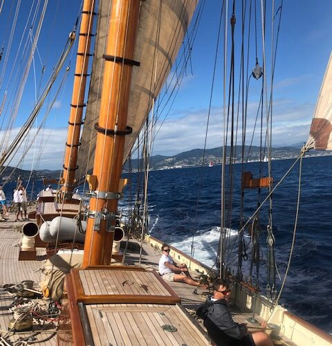 Invader under sail mast
