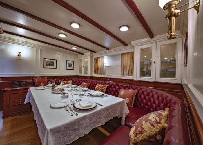 Yacht invader interior dining