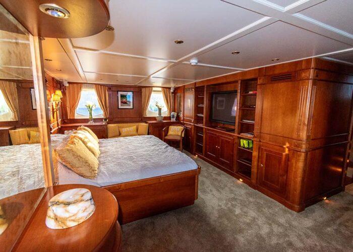 classic motor yacht chantal interior master bedroom wardrobe.jpg
