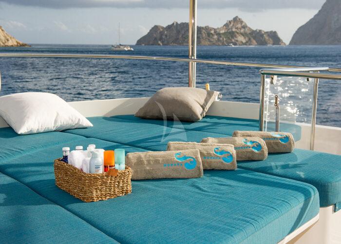 classic motor yacht monara sundeck lounge.jpg