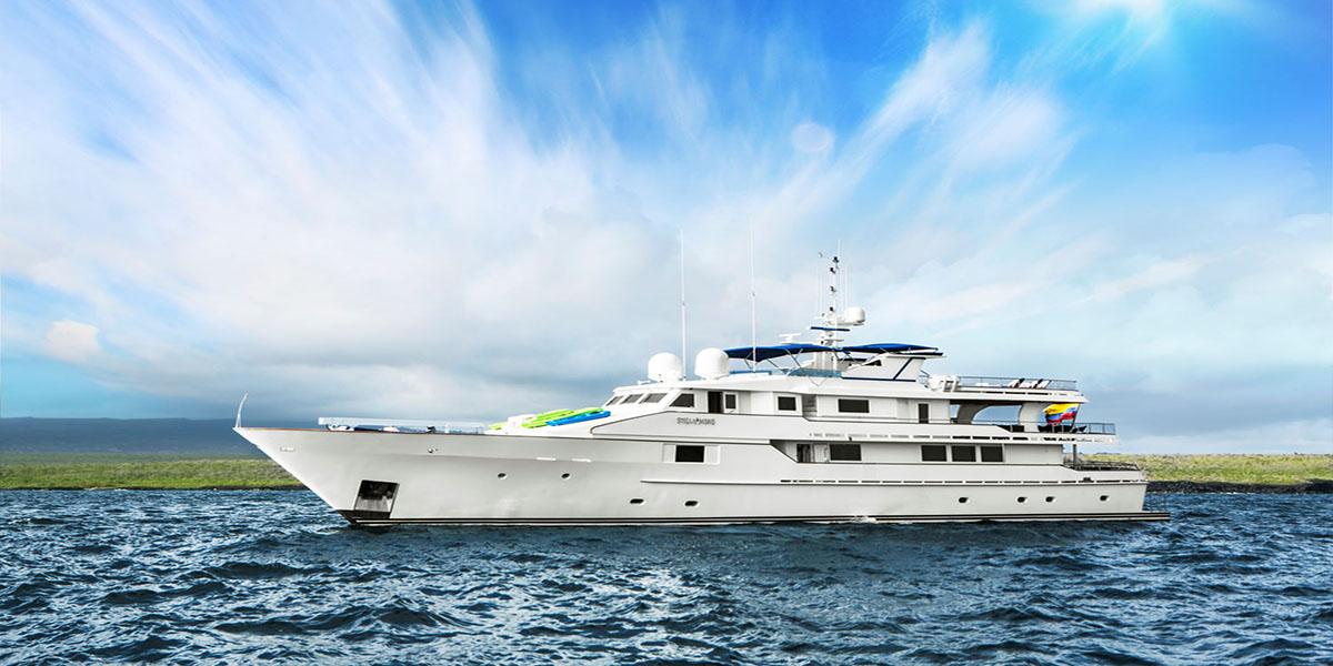 classic motor yacht stella maris external main.jpg