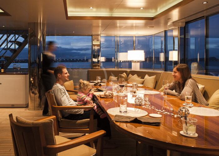 classic motor yacht suri interior dining.jpg