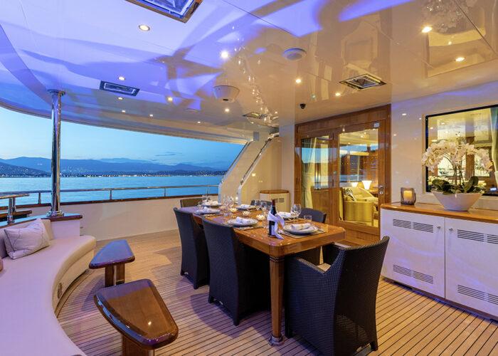 classic motor yacht wexplorer deck dining.jpg