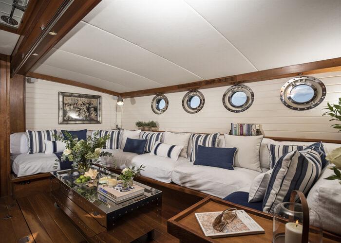 classic sailing yacht alexofloflondon saloon.jpg
