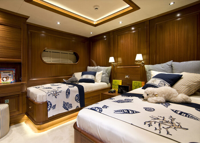 classic sailing yacht clear eyes interior twin cabin2.jpg