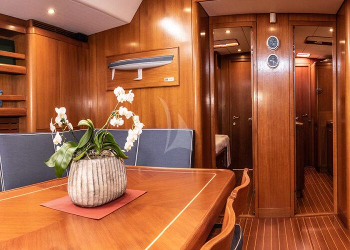 classic sailing yacht kallima interior main saloon.jpg