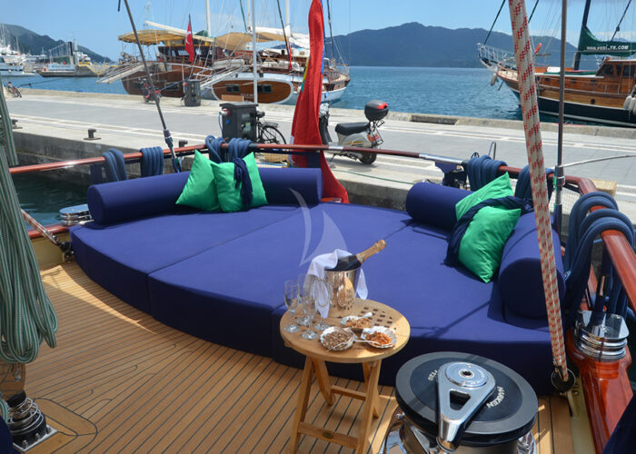 classic sailing yacht ofelia interior sundeck sunbeds.jpg