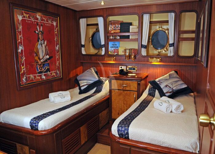 classic sailing yacht ofelia twin cabins.jpg
