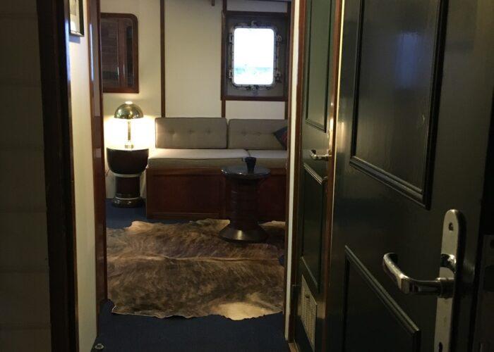 Balto master cabin entry