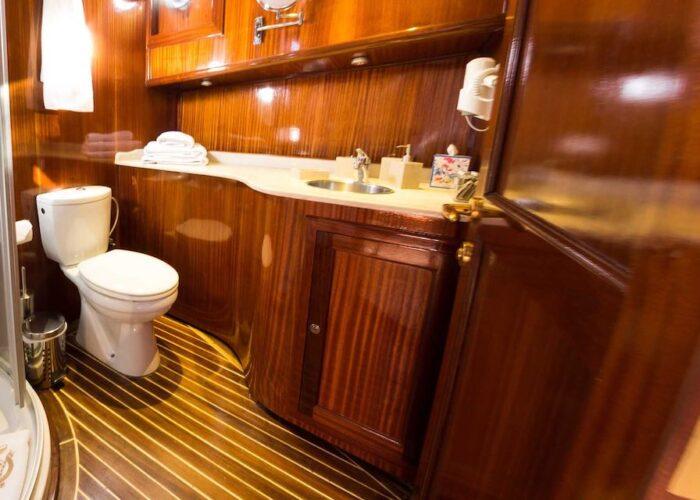 Smart spirit ensuite double cabin