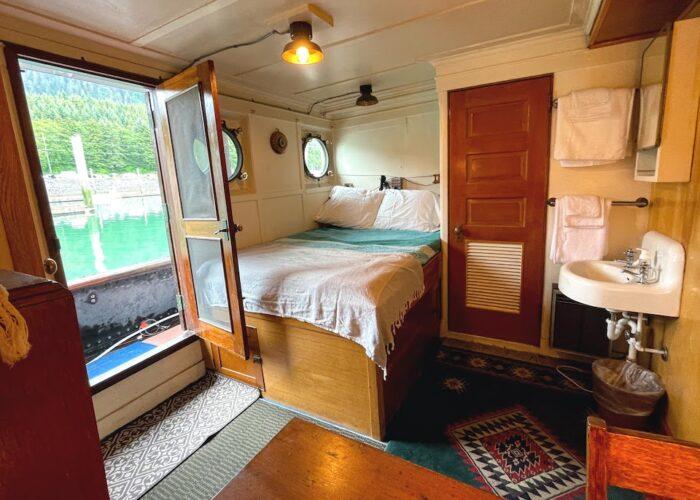 Sacajawea Double Cabin Deck