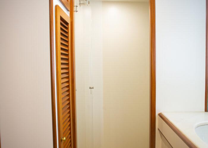 Spirit of MK Twin 1 en suite Shower